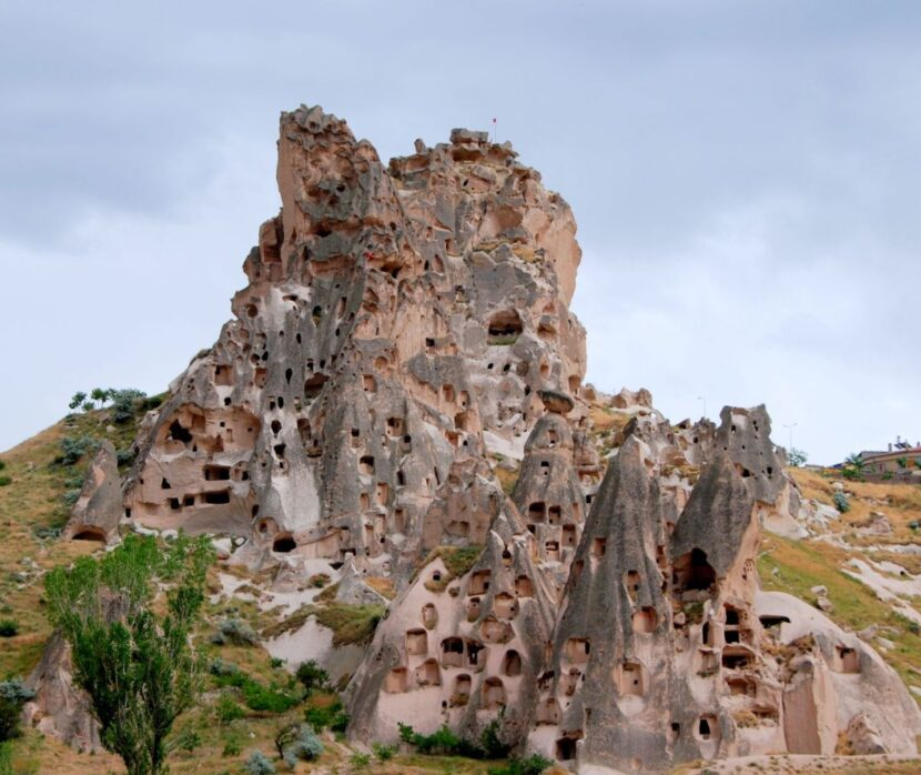 Замок Учисар