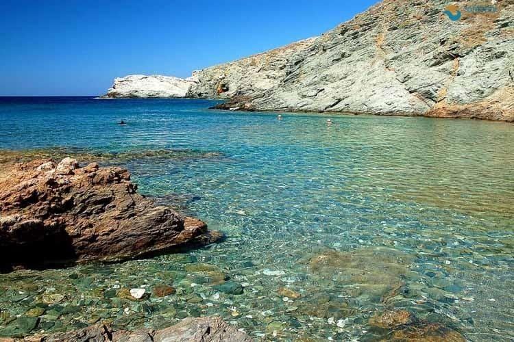 Пляжи Санторини с белым и черным песком - 14 лучших пляжей