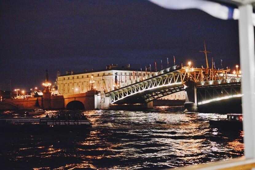 ТОП-вещей в Петербурге, которые познакомят с городом по-настоящему